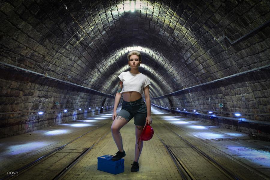Book, fotografía de estudio, modelo, túnel