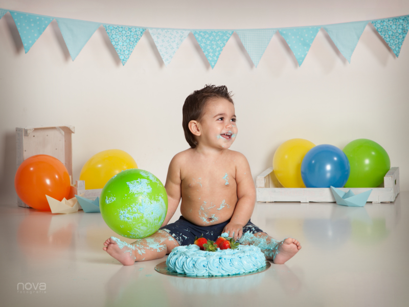 Foto nino smash cake